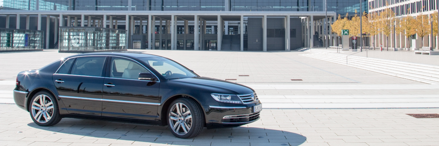 Phaeton Limousine Flughafen Berlin move it